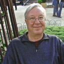 Photograph of Emeritus Professor Wayne Hobson